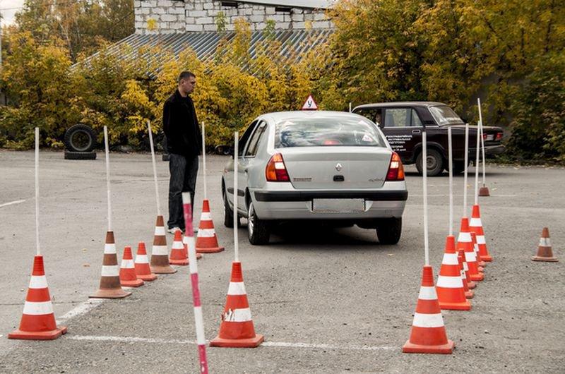 Как научиться правильно парковаться, практические советы для новичков