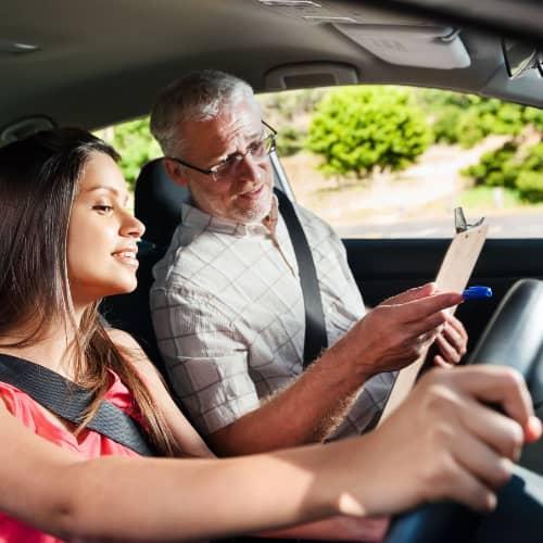 Уроки по вождению с инструктором