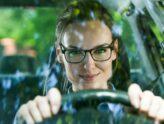 Водитель в очках